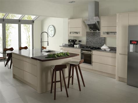 cuisine ikea creme remo contemporary curved gloss kitchen in beige