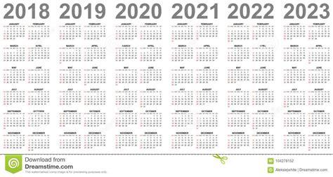 simple calendars years sundays red