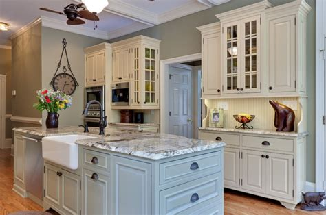 pictures of modern kitchen cabinets teri turan traditional kitchen atlanta by turan 7478