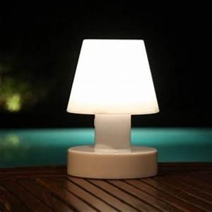 Lampe D Extérieur : lampe d 39 ext rieur sans fil solaire blanc h20cm bloom holland nedgis ~ Teatrodelosmanantiales.com Idées de Décoration