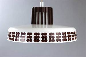 Lampe Skandinavisches Design : 17 b sta id er om h ngelampe esstisch p pinterest h ngelampe esszimmer lampe esstisch och lampor ~ Markanthonyermac.com Haus und Dekorationen
