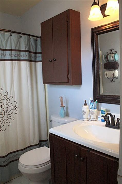 gray  brown bathroom