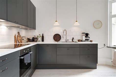 cuisine blanche grise cuisine moderne grise et blanche