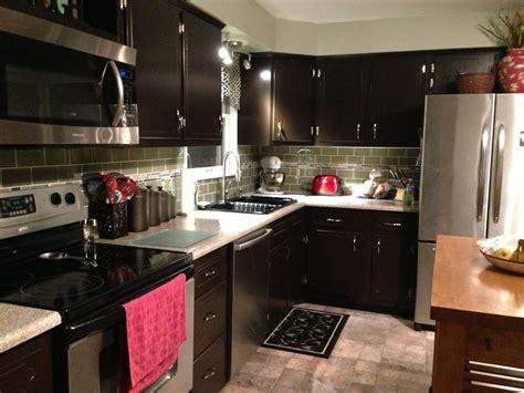 Gel Tile Backsplash : Kitchen Remodel. Java Gel Stain Cabinets. Backsplash Glass
