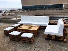 Wood Pallet Sofa by Diy Pallet Outdoor Sofa Ideas 99 Pallets