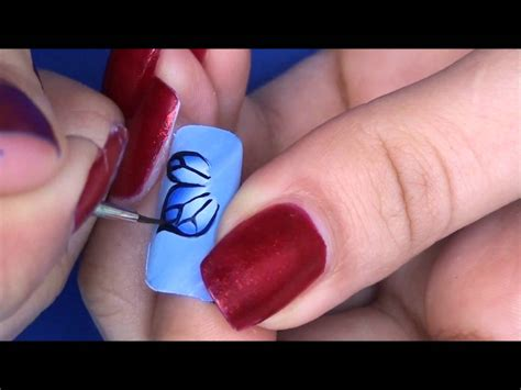 Nail Art Tutorial : Easy One Stroke Butterfly Nail Art Tutorial