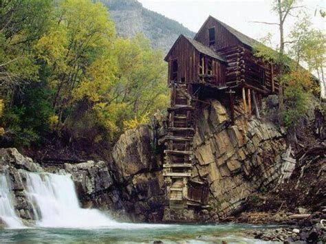 Most Amazing And Beautiful Abandoned Places Around The World