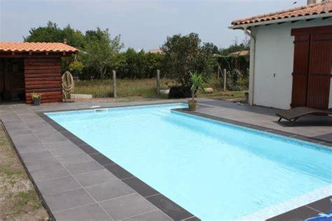 nivrem terrasse piscine bois ou carrelage diverses id 233 es de conception de patio en bois