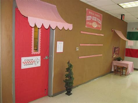 Italian Decorations For Home: 17 Best Images About LPE School's 2012 Classroom Themes