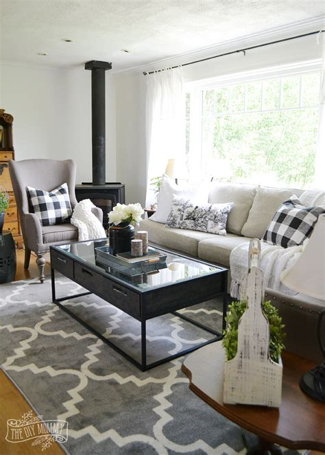 guest cottage living room neutral mix  match style