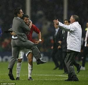 Cristiano Ronaldo hails former boss Sir Alex Ferguson a ...