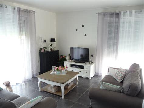d馗o cuisine et gris salon noir et blanc et gris maison design bahbe com