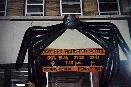 13 floors haunted house indiana haunted house in fort wayne indiana haunted hotel haunted