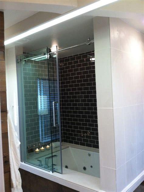 tub glass door ideas  pinterest glass bathtub