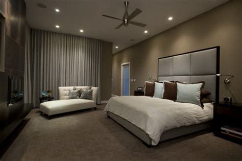 Romantik Und Moderne by Brown Wall Color Themes And Modern Carpets In