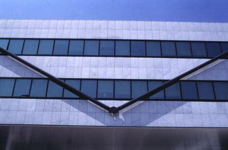 uffici vodafone vodafone bilancio 2010 11 con ricavi in lieve flessione