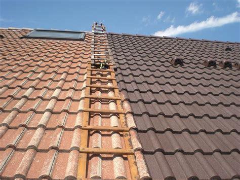 peinture tuile ciment peinture de tuile rev 234 tements modernes du toit