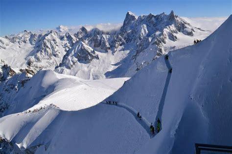 Téléphérique de l'Aiguille du Midi - Savoie Mont Blanc ...