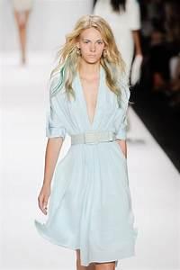 Trends 2015 Sommer : badgley mischka trends sommer 2015 stormy blue moda estilo y moda ~ A.2002-acura-tl-radio.info Haus und Dekorationen