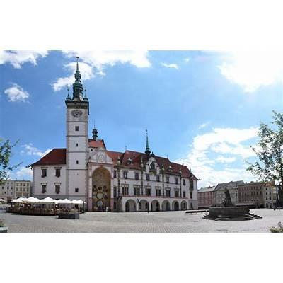 File:Olomouc town hall 2008.jpg - Wikimedia Commons