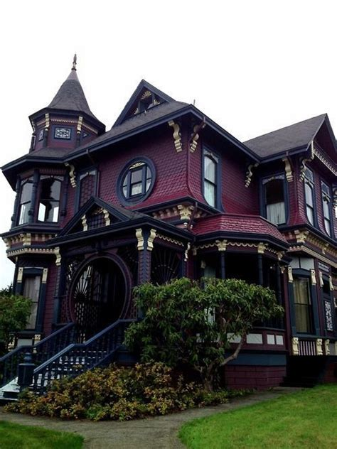 25+ Best Ideas About Victorian Houses On Pinterest