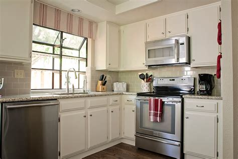 Kitchen Makeover 2000 by 2b