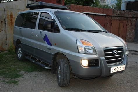 Hyundai H1 Wallpapers by 2006 Hyundai Starex Wallpapers 2 5l Diesel Automatic