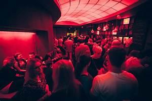 Bar Mit Tanzfläche Berlin : berlin mitte partyraum bar an der torstra e zum mieten ~ Markanthonyermac.com Haus und Dekorationen