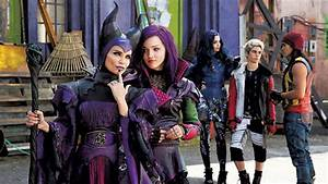 Here's the First Teaser Trailer for Disney's DESCENDANTS ...
