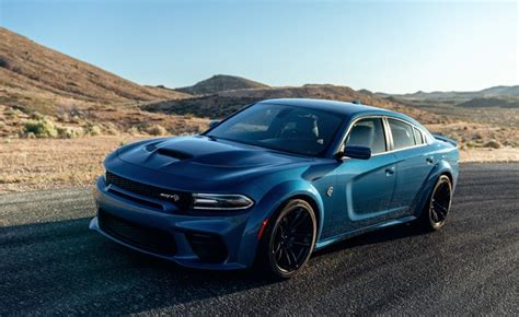 dodge charger hellcat  rt scat pack gain wide