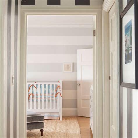 Kinderzimmer Streichen Streifen by Striped Nursery Walls Yp Baby Room