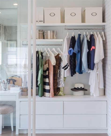organizzare un armadio come organizzare un armadio 7 consigli per un guardaroba