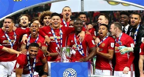 manchester united gana la copa de la liga contra el