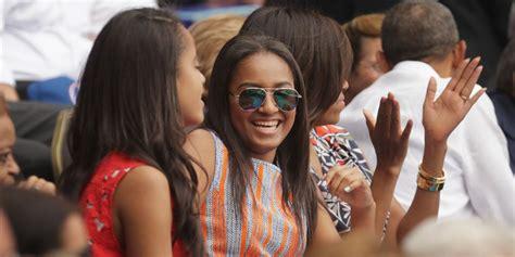 sasha obamas prom pics  melting hearts