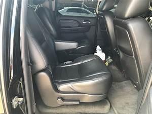 2010 Cadillac Escalade ESV - Interior Pictures - CarGurus