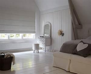 Plissee Verdunkelung Kinderzimmer : jaloucity stilvoller sichtschutz im schlafzimmer ~ Markanthonyermac.com Haus und Dekorationen