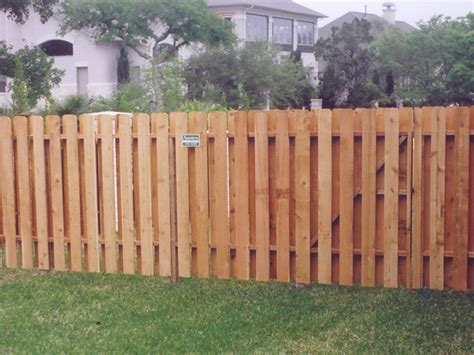 Building A Fence On Uneven Ground Buiding A Vinyl Fence