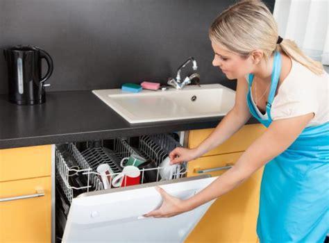 pourquoi mon lave vaisselle sent mauvais 7 233