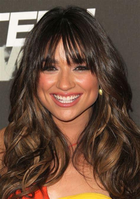 beautiful long wavy hairstyles  bangs hairstyles
