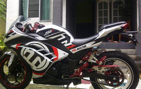 Variasi Motor R by Stiker Motor R Makassar Variasi Sticker Mobil Dan