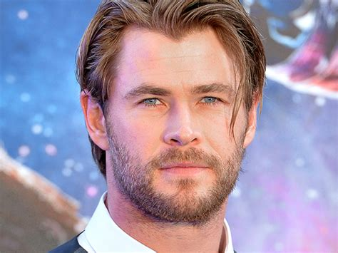 Chris Beard Resume by Chris Hemsworth Has Been Lying On His Resume All This Time