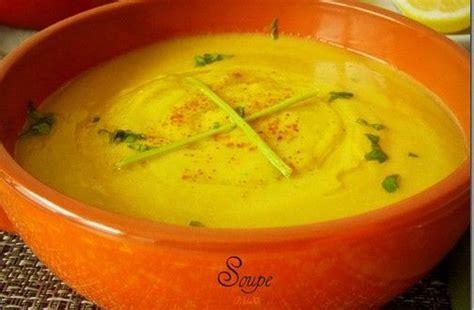 cuisiner pois cass駸 les 25 meilleures idées de la catégorie soupe aux pois cassés sur soupe