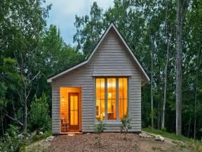 efficient small home plans energy efficiency simple energy efficient house plans simple homes to build coloredcarbon com