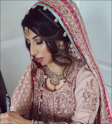 indian bridal hairstyles the perfect 16 wedding hairdo pics