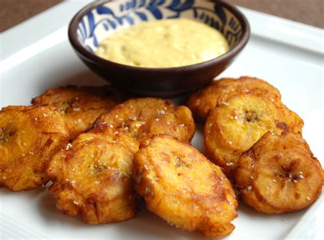 small bathroom decorating ideas pictures patacones recipe fried plantain with aji sauce