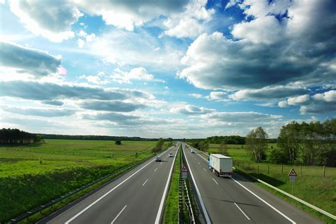moving companies calculate  cost  move local long