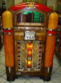 1942 Wurlitzer Jukebox