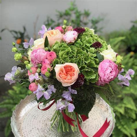 Ziedu pušķis- uzticos floristam