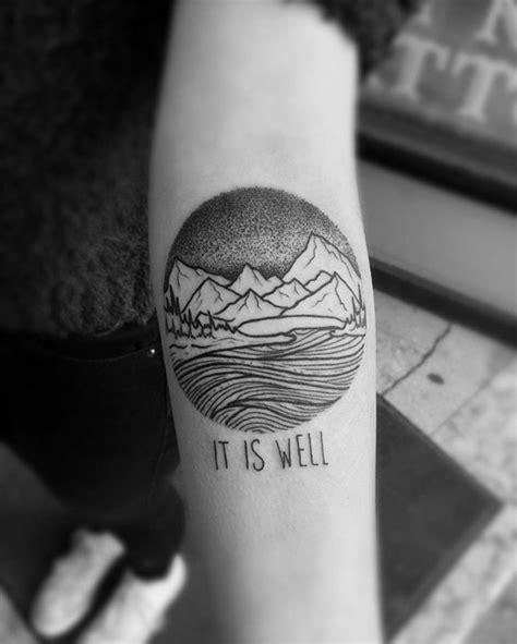 tatouage cercle bras 1001 dessins originaux de tatouage montagne
