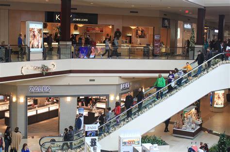 shopping amazon malls hq2 story chicago